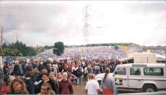 Glasto 2000 - the site was rammed!