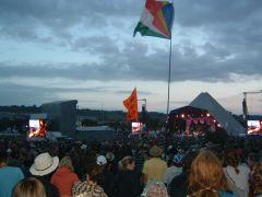 Pyramid stage saturday eveing in twilight