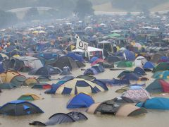 2005 Glasto flood
