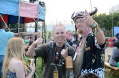 efestivals glastonbury meet 2015