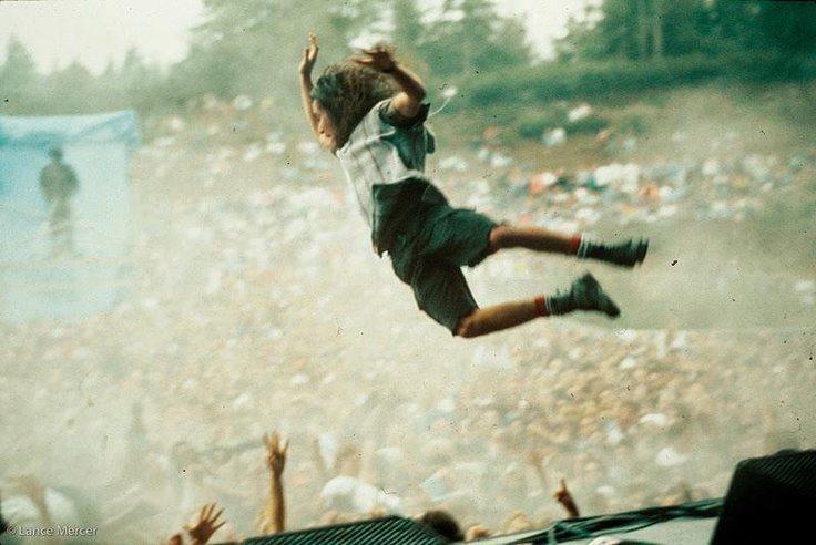 Eddie-Vedder-at-Pinkpop-Festival-Landgraaf-Netherlands-June-6-1992..jpg