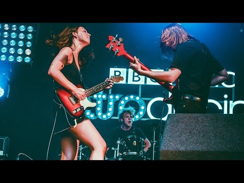 The Mysterines - Gasoline (Reading + Leeds 2019)