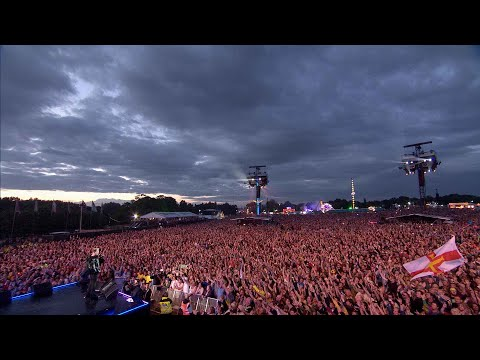 Queen + Adam Lambert - Somebody To Love (Isle of Wight Festival, UK, 2016)