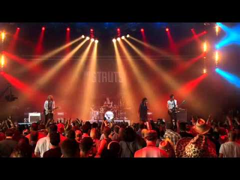 The Struts - Could Have Been Me - Live at the Isle of Wight Festival 2014
