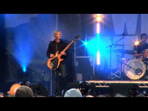 Twisted Wheel // Lucy The Castle // Kendal Calling 2009