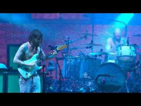 Biffy Clyro - Mountains - Live at the Isle of Wight Festival 2014