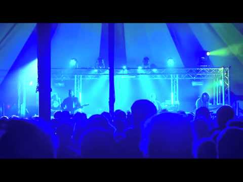 Frightened Rabbit - 'swim til you can't see the land' live at TRUCK 2012