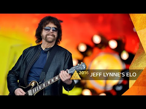 Jeff Lynne's ELO - Mr Blue Sky (Glastonbury 2016)