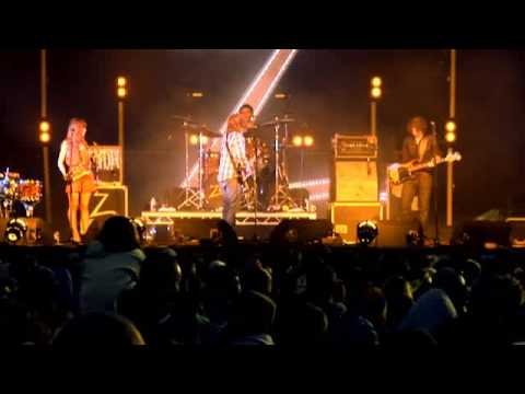 The Zutons // Valerie // Kendal Calling 2009