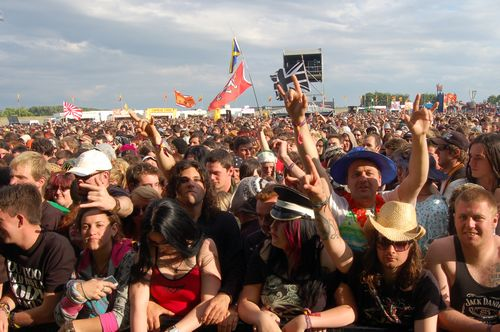 crowds at Download 2008