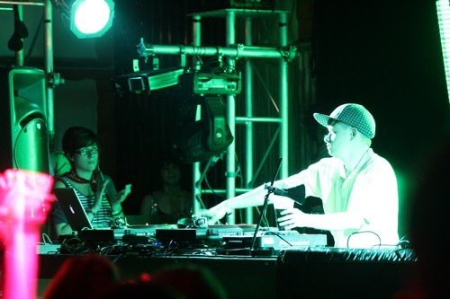 DJ Rustie @ BLOC Weekend 2011