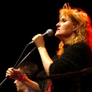 Eddi Reader, Moss Moore Rutter, and Dan Walsh for Beverley Folk Festival 2017