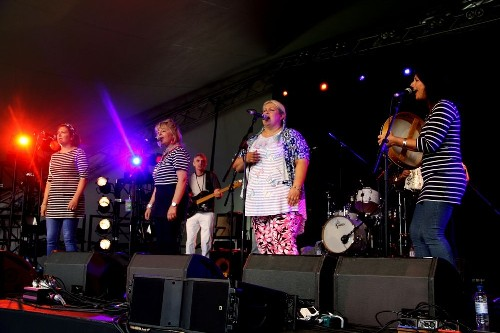 Fishwives Choir @ Cornbury Music Festival 2015