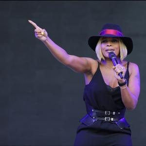 Mary J Blige, and  Maxwell, for London's Bluesfest