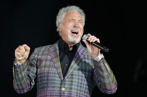 Tom Jones @ V Festival (Chelmsford) 2015