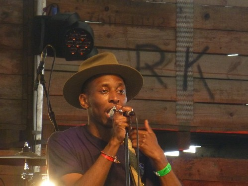 Samm Henshaw @ Barn On The Farm Festival 2016