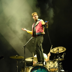 Kaiser Chiefs, The Feeling, Hayseed Dixie, & more for Doonhame Festival 2021
