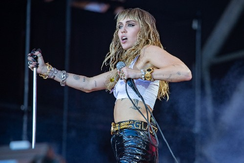 Miley Cyrus @ Glastonbury Festival 2019
