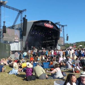 Glastonbury Festival put in licence for concert in September