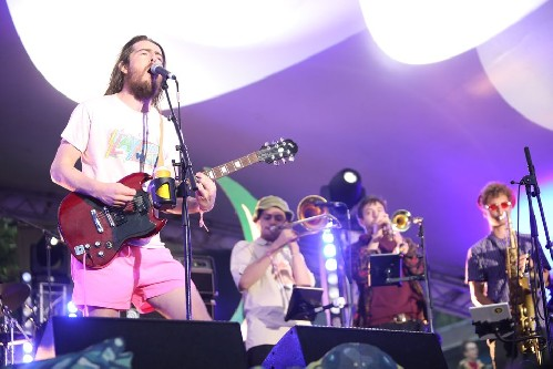 Tom McGuire & The Brassholes @ Kelburn Garden Party 2019