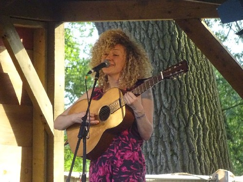 Fiona Bevan @ Red Rooster Festival 2019