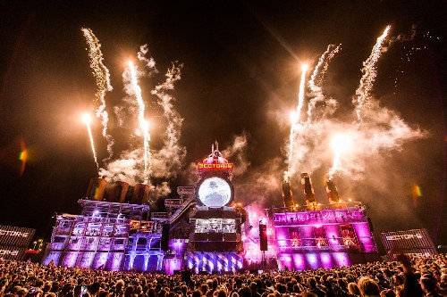 Boomtown publicity photos
